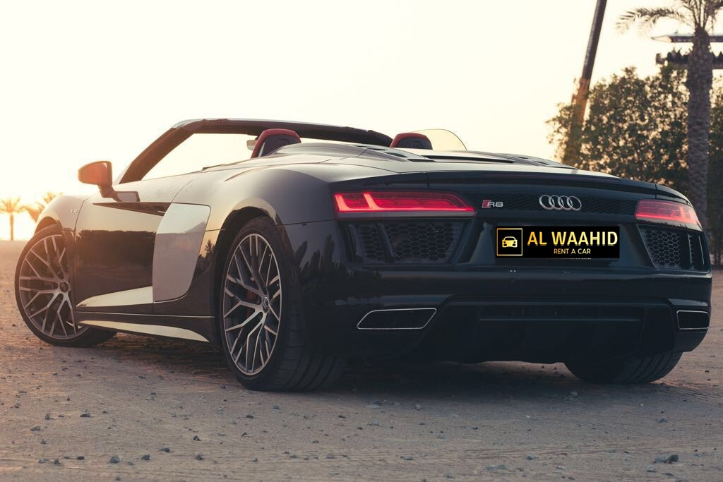 Audi R8 V10 Spyder  luxury car rental dubai alwaahid rent a car