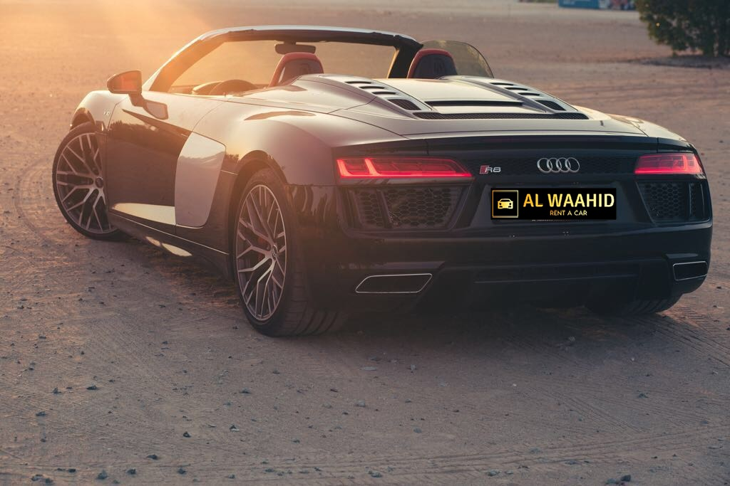 Audi R8 V10 Spyder rws 2018 luxury car rental dubai alwaahid rent a car