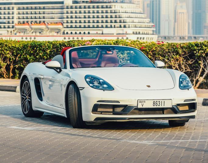 Porsche 718 Boxster S Rental Dubai