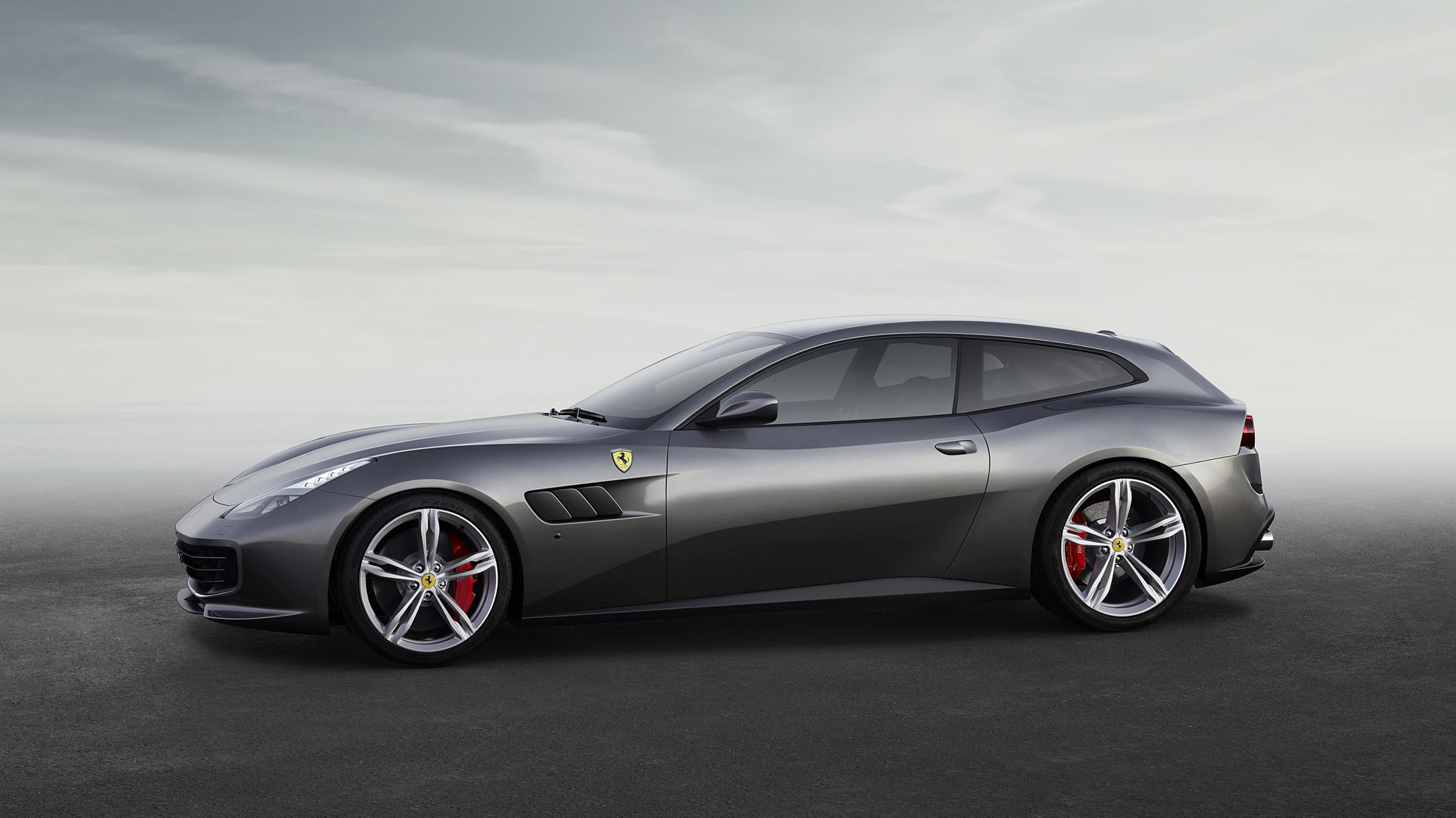 Ferrari-GTC4-Lusso-V5